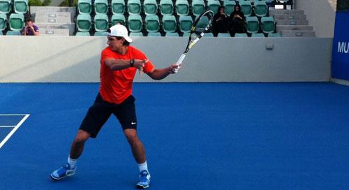 Ferrer se cita con Nadal en Abu Dhabi