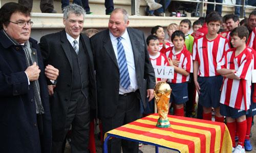 Villar y el Trofeo del Mundial de paso por Santanyí