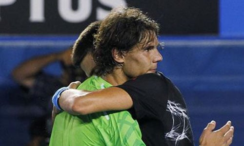 Djokovic se impone en un autentico duelo de titanes