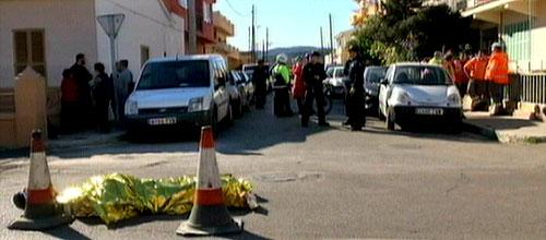 Muere un operario al ser atropellado por una máquina asfaltadora en Palma