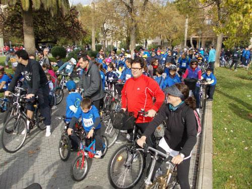 Más de 12.000 personas pedalean en la Diada Ciclista de Palma