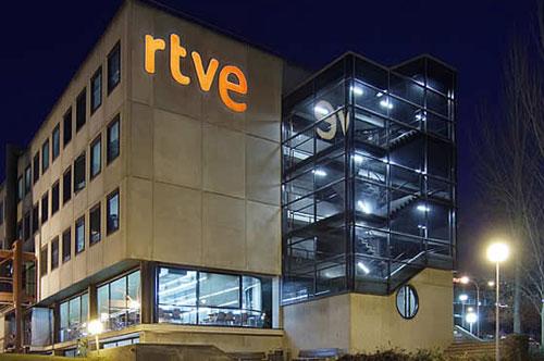 RTVE baraja volver a tener publicidad