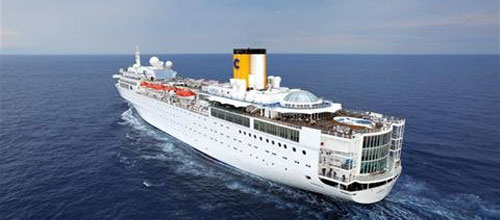 Otro barco de Costa Cruceros navega a la deriva por el Océano Índico