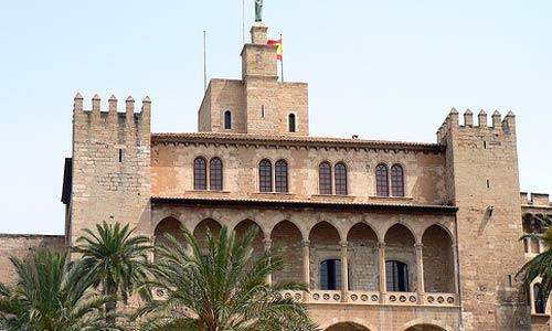 La Almudaina y el Castillo de Bellver, gratis el Día de las Islas Baleares