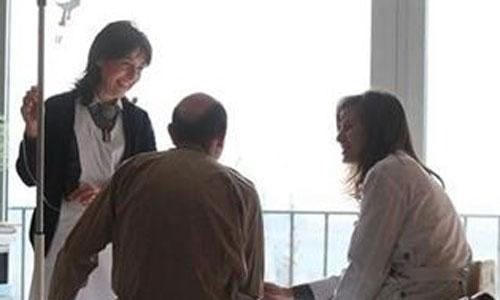 Especialistas defienden la hipnosis para tratar enfermos crónicos