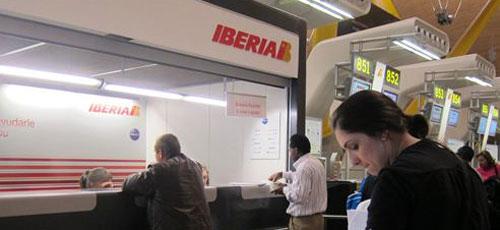 Los pilotos de Iberia convocan 24 días más de huelga hasta mayo