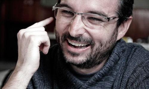 Jordi �vole sienta c�tedra en Twitter