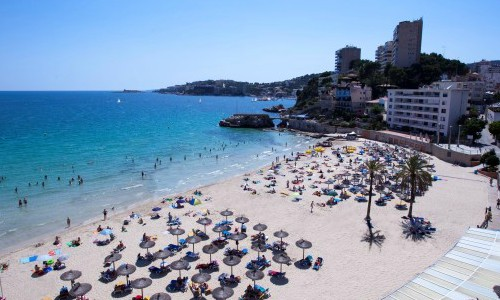 100 puestos de trabajo en 3 hoteles de Mallorca