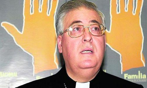 El Obispo de Alcalá afirma que la homosexualidad se cura con la ayuda de Dios