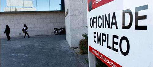 Récord de paro con 5,6 millones de desempleados