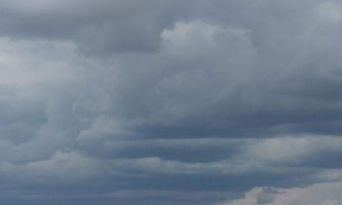 Viernes Santo nuboso y con alguna precipitación