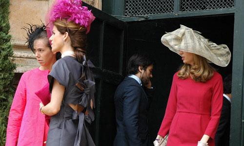 Elegancia y caras conocidas en el enlace Fluxà-Fierro