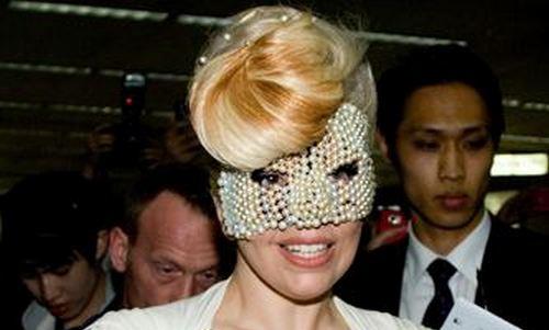Lady Gaga habla de su adicción a las drogas