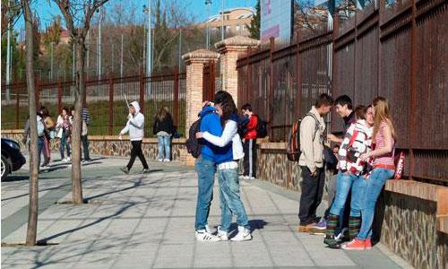 Los adolescentes españoles desconocen el pesimismo por la crisis
