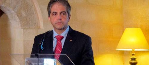 Bosch pide unidad política tras el asalto a la Conselleria