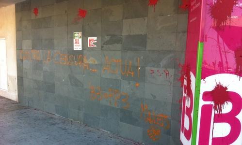 Maulets reivindican las pintadas de IB3 Radio