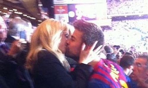 Shakira y Piqué calientan motores tras la Copa
