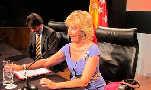 Aguirre cambiar� la ley antitabaco en Madrid si se lo pide Eurovegas
