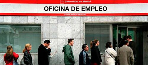 La temporada turística arranca con 82.514 personas buscando trabajo