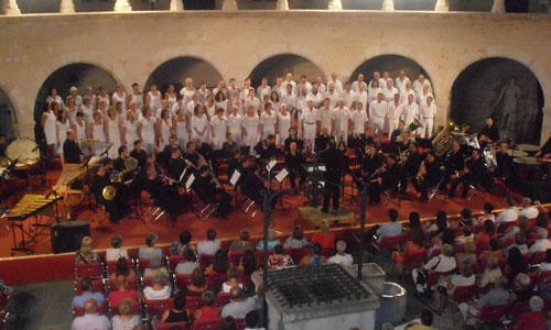 La Banda Municipal de Música cierra la temporada arropada por cientos de personas