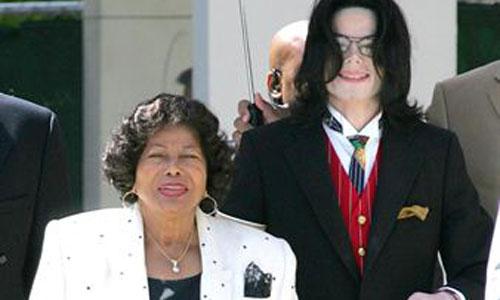 Desaparece la madre de Michael Jackson