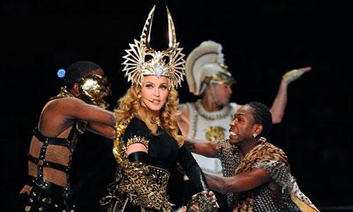 Madonna mejora su apareciencia facial con máquinas de oxígeno