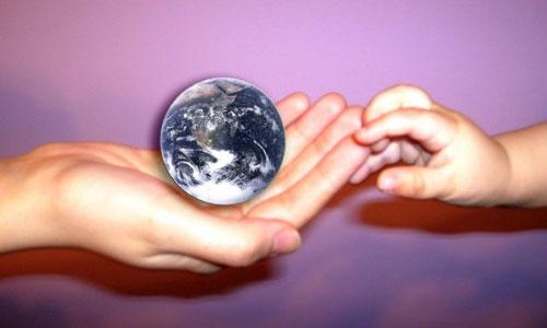 Charla sobre 'Responsabilidad Social en Tiempos de Escepticismo'