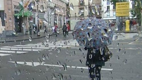 La lluvia hace acto de presencia