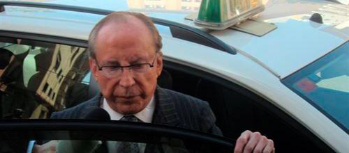 La acusación particular estudia pedir prisión provisional para Ruiz-Mateos