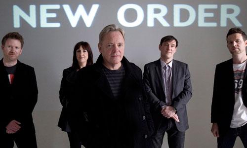 New Order actúa hoy en el Mallorca Rocks