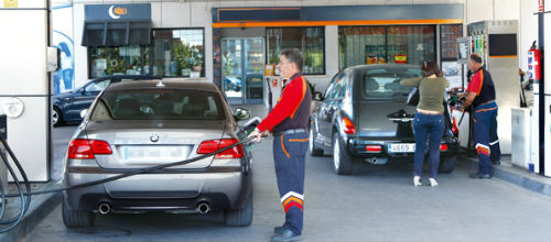 El consumo de carburante baja un 5% en el último año en Baleares
