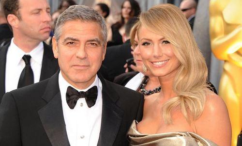 George Clooney niega que haya roto con su pareja