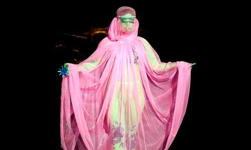 Lady Gaga roba el protagonismo de la Semana de la Moda