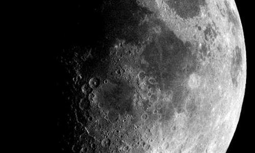 Un científico ruso propone un ascensor desde la Tierra a la Luna