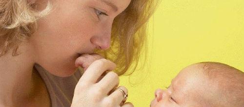 La Seguridad Social les quita los 100 euros mensuales a las madres