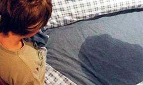 Más de 12.000 niños baleares se orinan involuntariamente