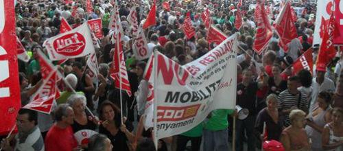 Cuarenta entidades se manifiestan hoy en Palma contra los recortes