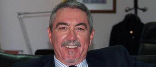 Detenido el ex director de la cárcel por malos tratos