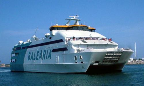 Las navieras exigen al Govern el pago del descuento de residente