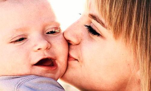 La depresión materna afecta al desarrollo del lenguaje del bebé