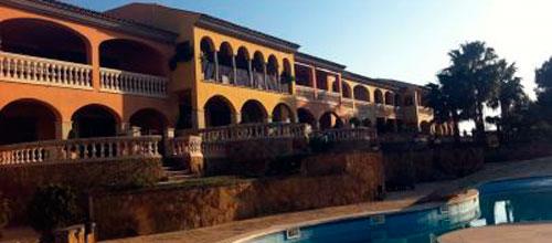 El pinchazo de la burbuja inmobiliaria ajusta los precios un 28,6% en Baleares