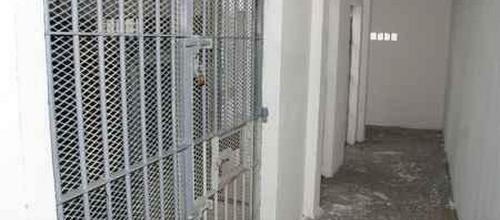 L'Estel publica un decálogo para las personas detenidas