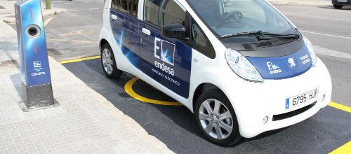 Endesa fomenta la movilidad con vehículos eléctricos y gas natural