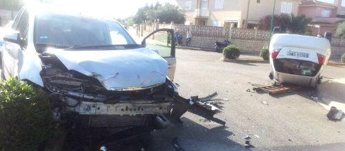 Espectacular choque entre dos vehículos en Marratxí
