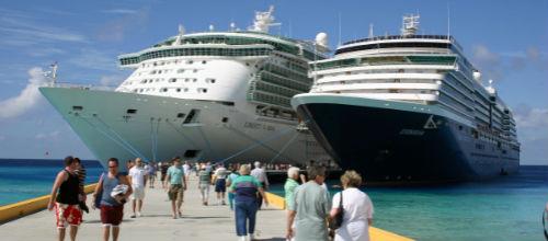 Taxis y restaurantes están satisfechos con los pasajeros de los cruceros