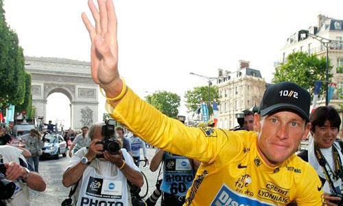 La UCI suspende de por vida a Lance Armstrong