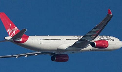 Un parto provoca el aterrizaje de un avión en Palma