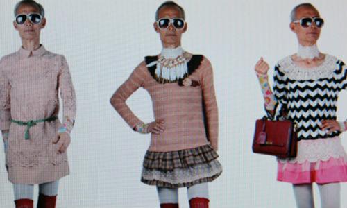 Un abuelo chino se convierte en modelo de ropa femenina