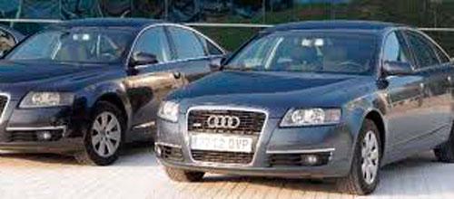 El Govern volverá a reducir el número de coches oficiales