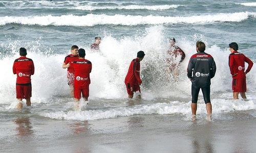 El Mallorca se recupera en las playas de La Coruña